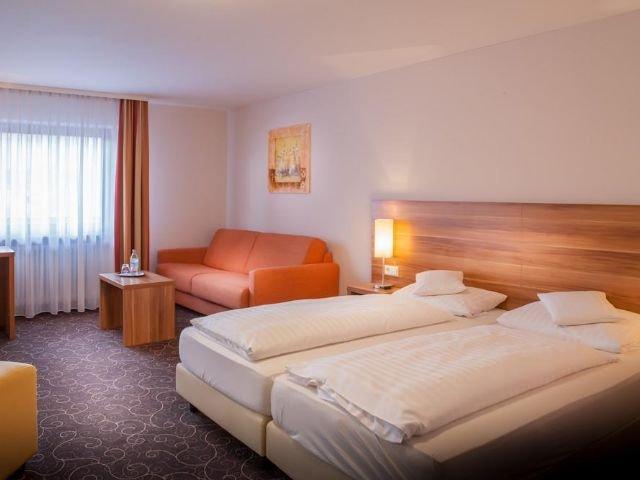 Hotel Weinstube Lochner ***+