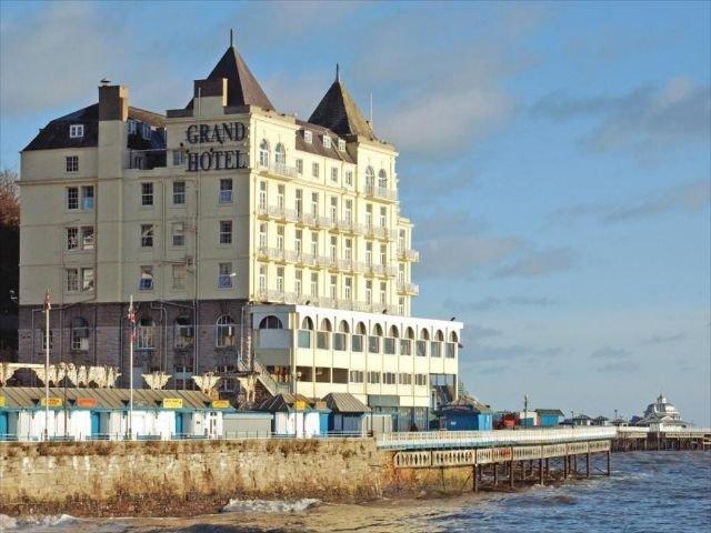 Wales - Llandudno - The Grand Hotel - buitenzijde.jpg