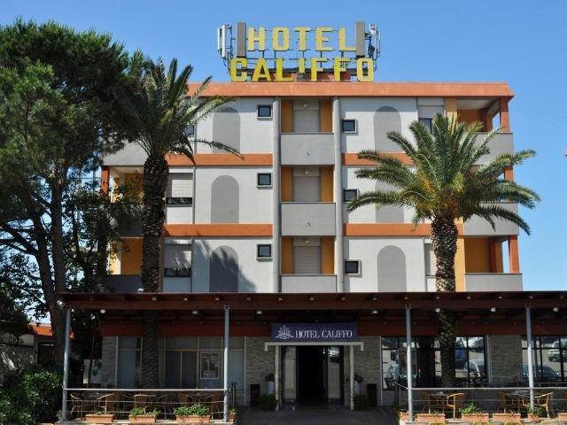 Cagliari-Quartu Sant'Elena - Hotel Califfo **** - hotelaanzicht