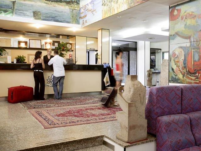 Cagliari-Quartu Sant'Elena - Hotel Califfo **** - receptie