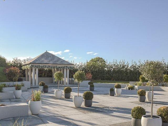 Schotland - Larkhall - Radstone Hotel - terras tuin