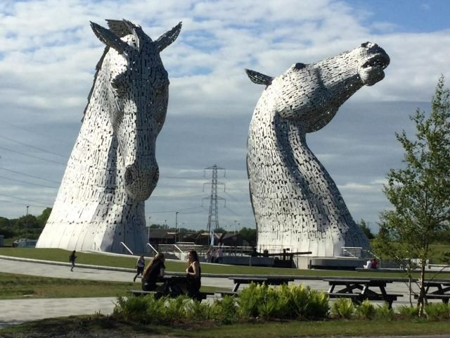 Schotland - Falkirk - The Cladhan Hotel  - The Kelpies