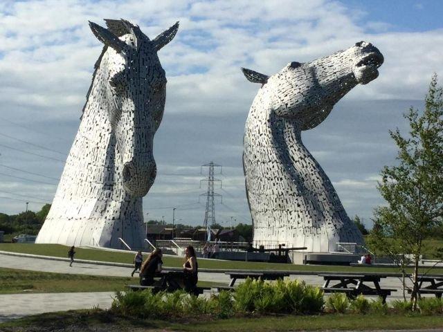Schotland - Falkirk - The Cladhan Hotel  - The Kelpies