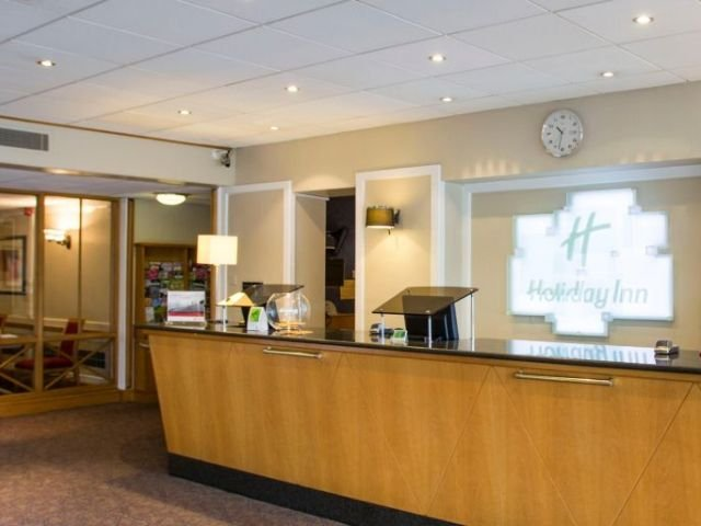 Groot Brittannië - Luton - Holiday Inn Luton South - receptie