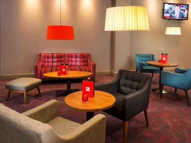 Groot Brittannië - Wales - Cardiff - Park Inn By Radisson Cardiff North - Voorbeeldkamer