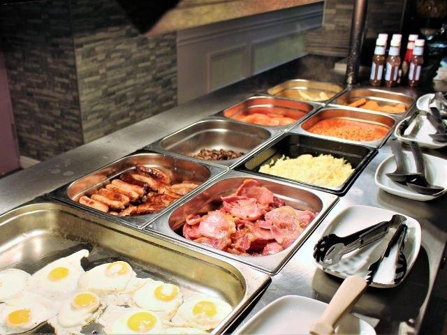 Groot Brittanië - Gravesend - Best Western Manor Hotel - buffet