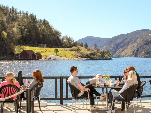 Noorwegen - Ryfylke - Ryfylke Fjord hotel - Terras