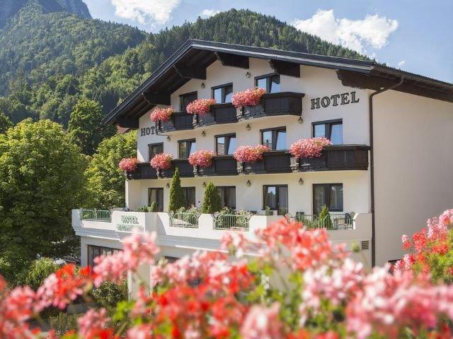 Jenbach - hotel Jenbacherhof **** - aanzicht