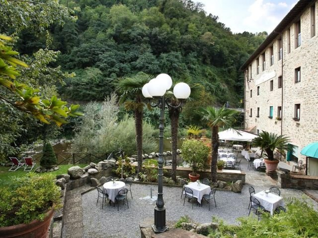 Pescia - San Lorenzo e Santa Caterina *** - terras - tuin