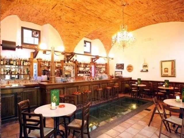 Pescia - San Lorenzo e Santa Caterina *** - bar