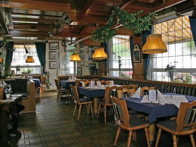 Waldbreitbach - Hotel zur Post ***+ - restaurant