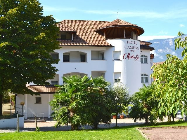 Ora - Hotel Markushof *** - hotelaanzicht
