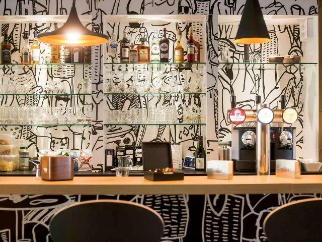 Ibis Kortrijk Centrum***- bar