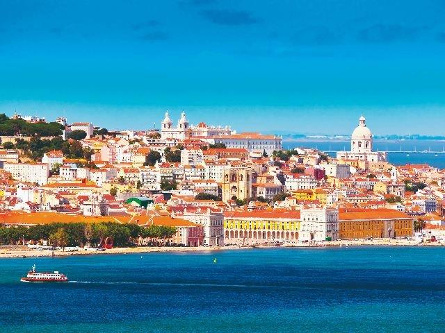 Portugal - Lissabon - stadsgezicht oude wijk
