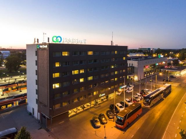Tallinn - Hotel Shnelli *** - hotelaanzicht