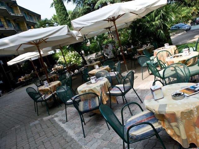 Garda - Hotel Palme & Suite *** - terras