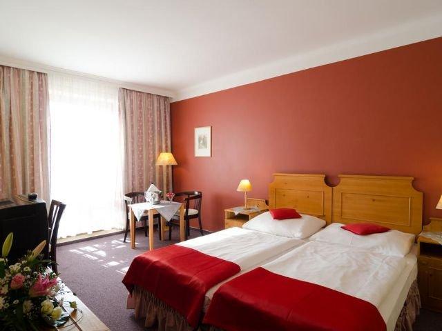 Vrchlabi - Hotel Gendorf *** - restaurant - voorbeeldkamer