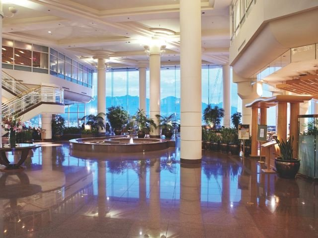 Pan Pacific Hotel - lobby