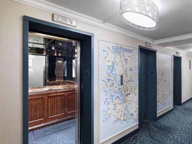 Chateau Victoria Hotel & Suites - lift