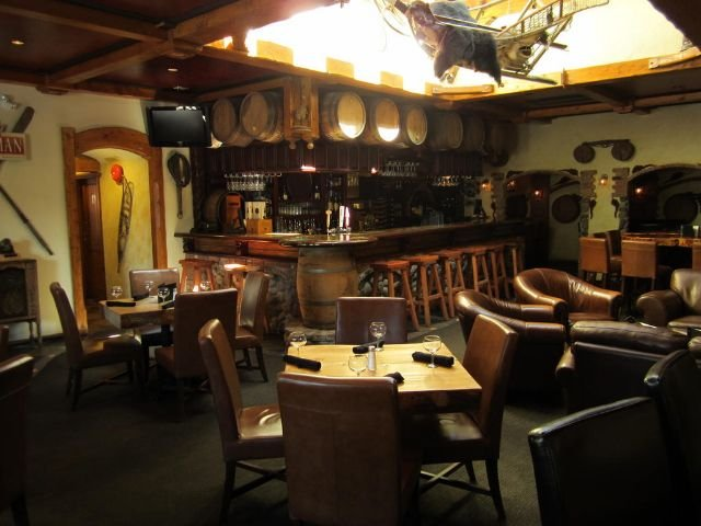 Aspen Inn and Suites - bar
