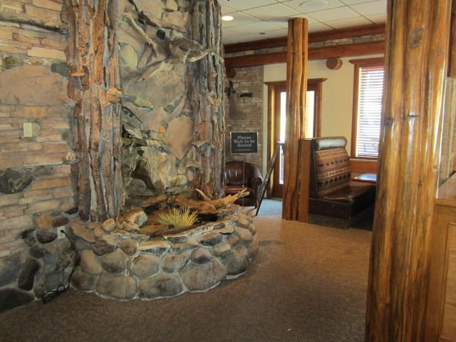 Aspen Inn and Suites - lobby