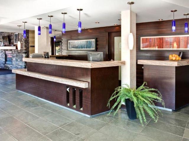 Sandman Hotel & Suites - receptie