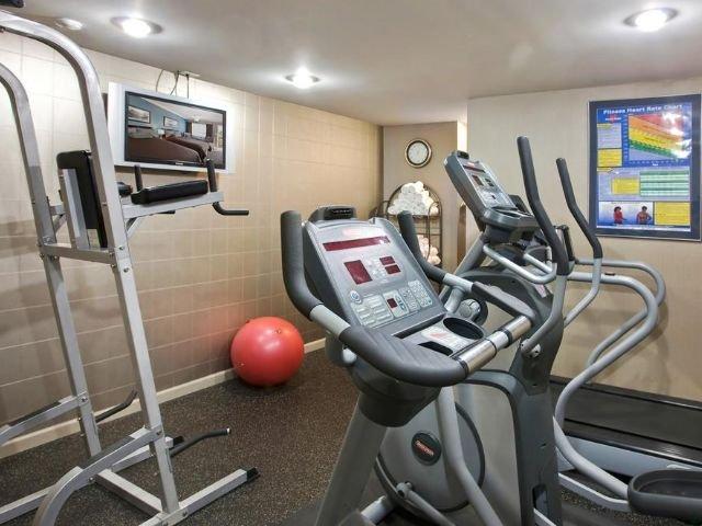 Sandman Hotel & Suites - fitnessruimte