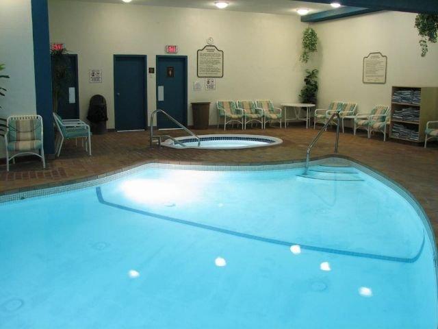 Inns of Banff - binnenzwembad