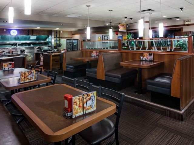 Sandman Inn & Suites - restaurant