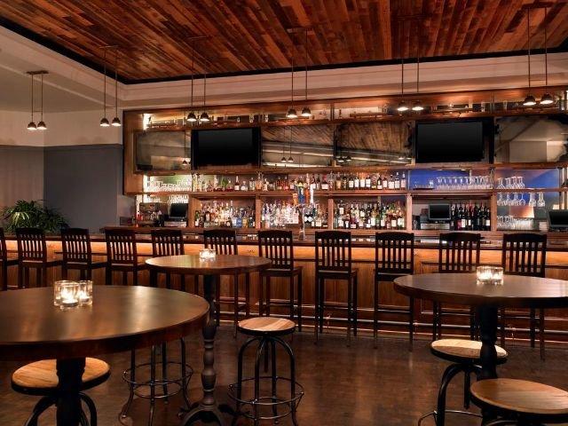 The Park Central - bar