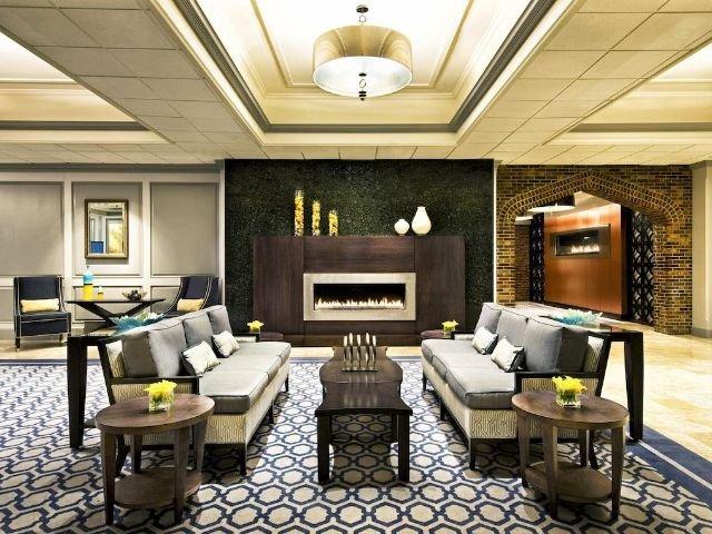 sheraton framingham - lounge