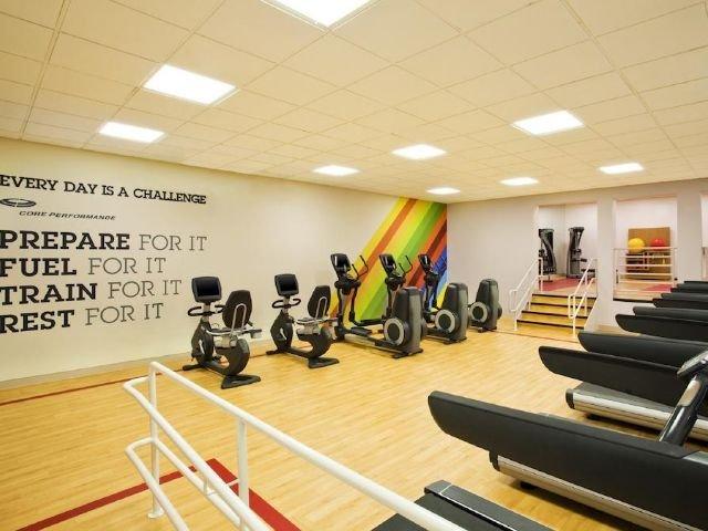sheraton framingham - fitnessruimte