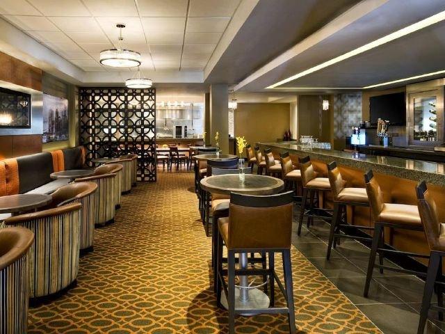 sheraton framingham - bar