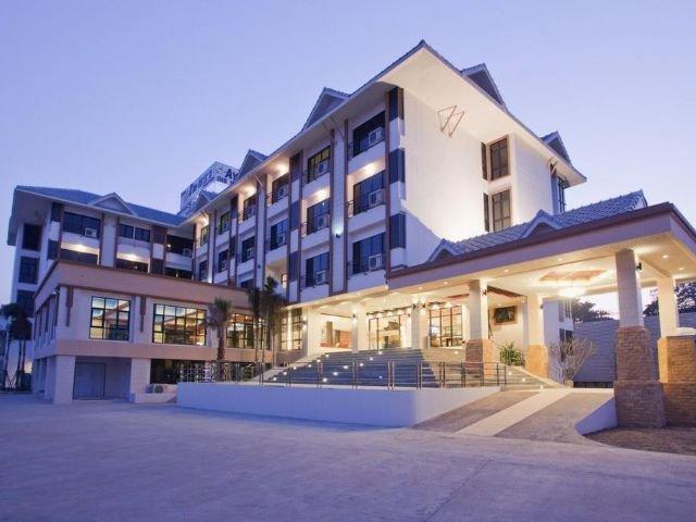 ayara grand palace hotel - vooraanzicht