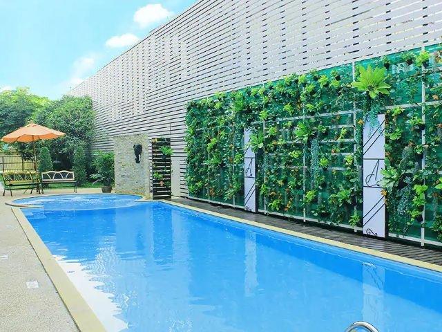 ayara grand palace hotel - zwembad