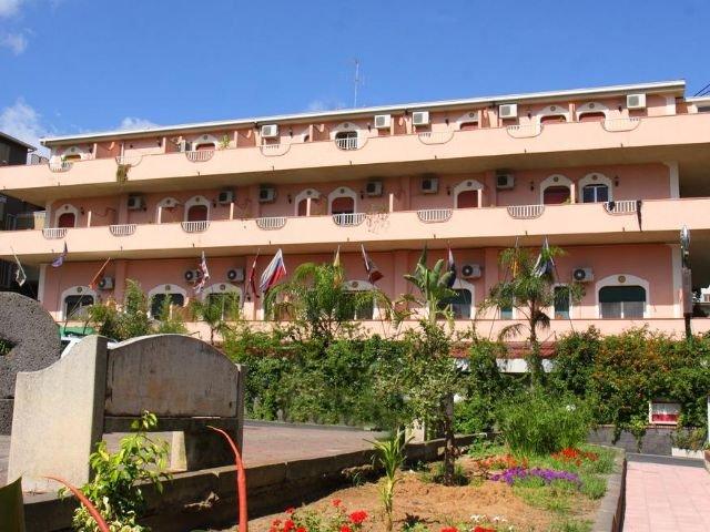 Francavilla di Sicilia - Hotel d'Orange d'Alcantara *** - hotelaanzicht