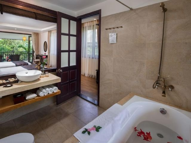 Hoi An Silk Village Resort & Spa - badkamer