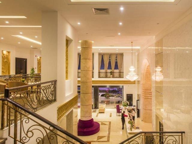 TTC Hotel - lobby