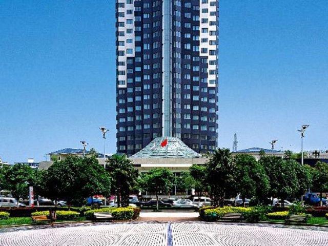 Aster Hotel - vooraanzicht