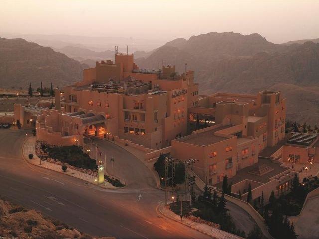 Movenpick Nabatean Castle Hotel - vooraanzicht