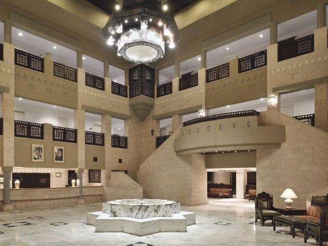 Movenpick Nabatean Castle Hotel - lobby