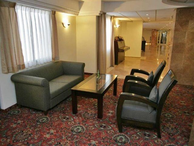 Caesar Premier Hotel - lobby