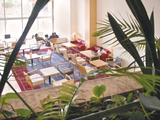 Grand Beach Hotel - lounge