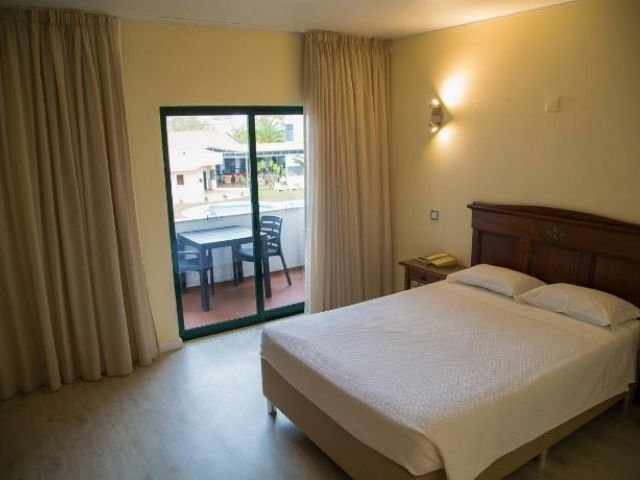 portugal - Évora - hotel dom fernando - voorbeeldkamer