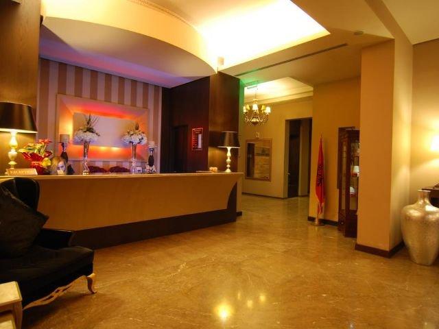 Tirana - Hotel Doro City **** - receptie