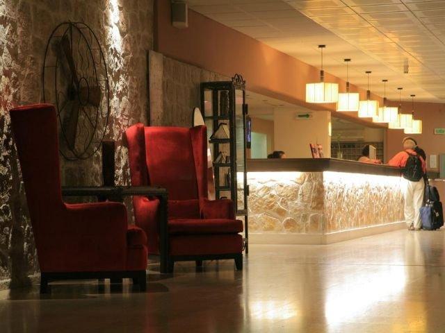 Petrovac - Hotel Palas **** - receptie