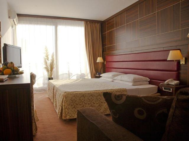 Petrovac - Hotel Palas **** - voorbeeldkamer