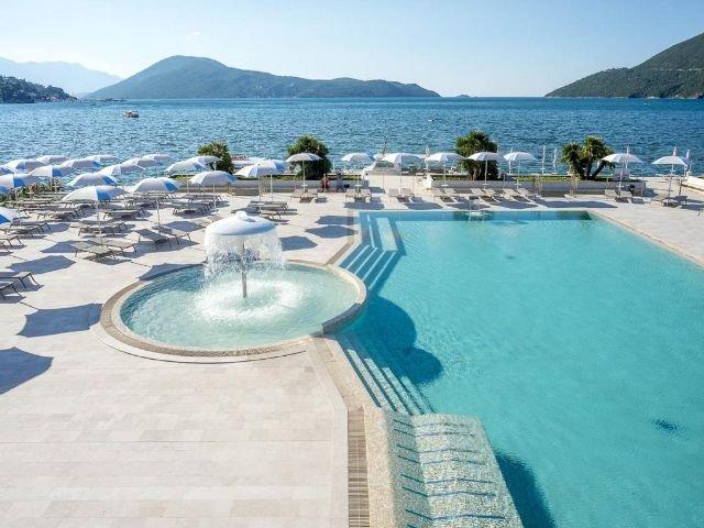 Igalo - Hotel Palmon Bay Hotel & Spa **** - zwembad