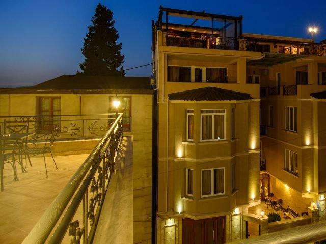 Tbilisi - Hotel KMM**** - aanzicht