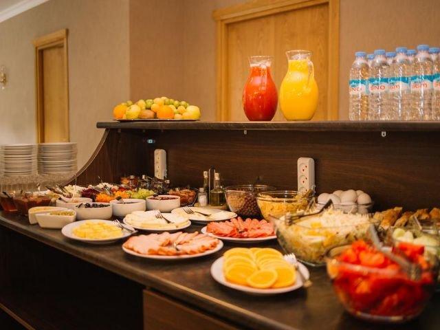 Sno - Hotel Sno Kazbegi **** - ontbijtbuffet